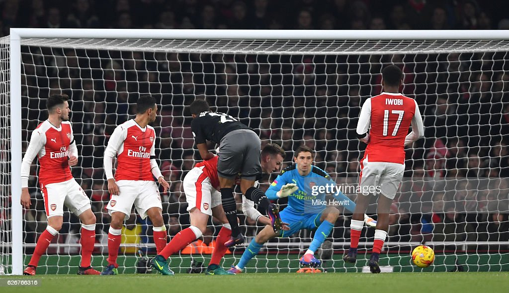 Ryan Bertrand of Southampton scores his team's second goal of the game during the EFL Cup quarter final match between Arsenal and Southampton at the Emirates Stadium on November 30, 2016 in London, England.