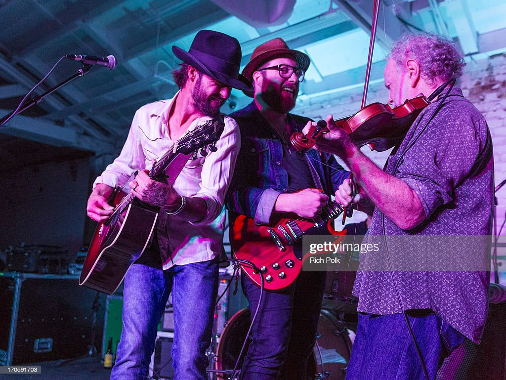 Ryan Bingham, Evan Weatherford and Richard Bowden perform at