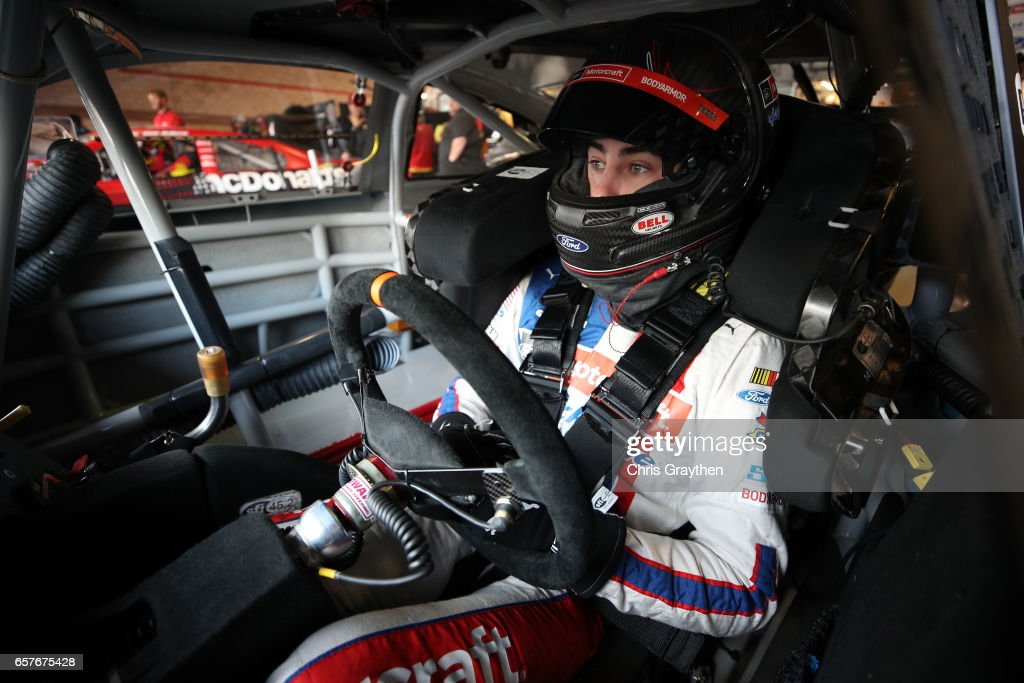 Monster Energy NASCAR Cup Series Auto Club 400 - Practice : News Photo