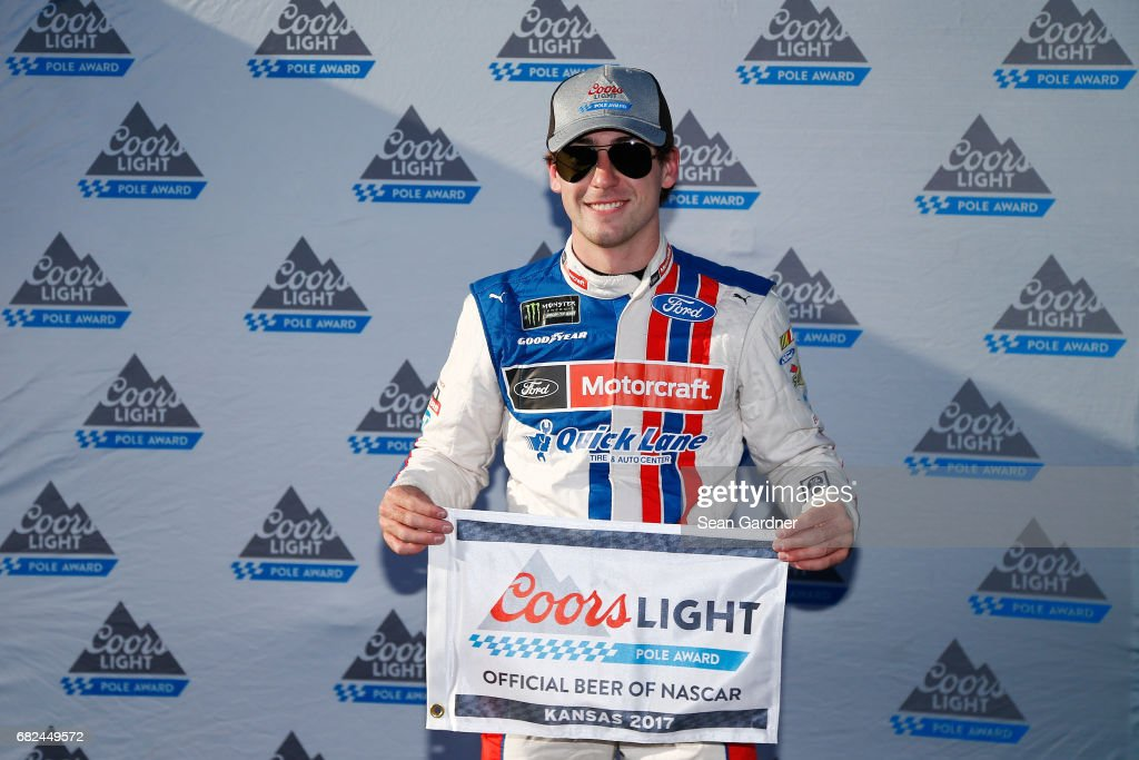 Monster Energy NASCAR Cup Series Go Bowling 400 - Qualifying : News Photo