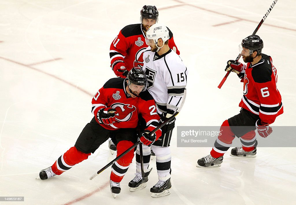 Los Angeles Kings v New Jersey Devils - Game Two : News Photo