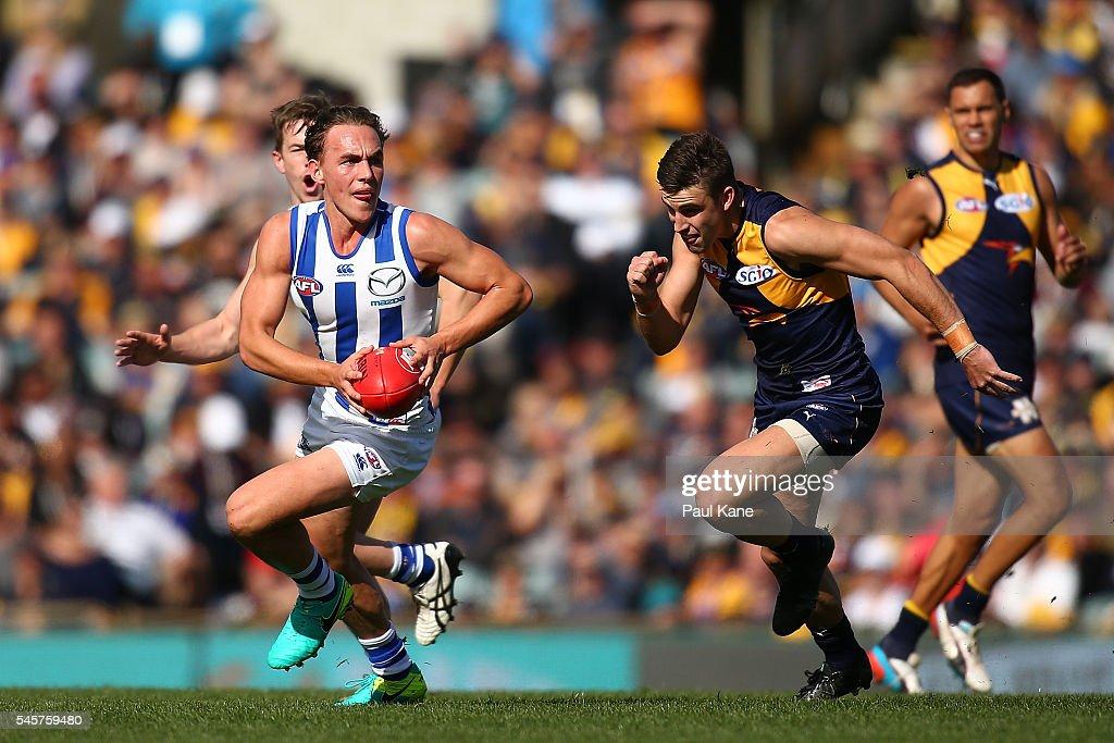 AFL Rd 16 - West Coast v North Melbourne : News Photo