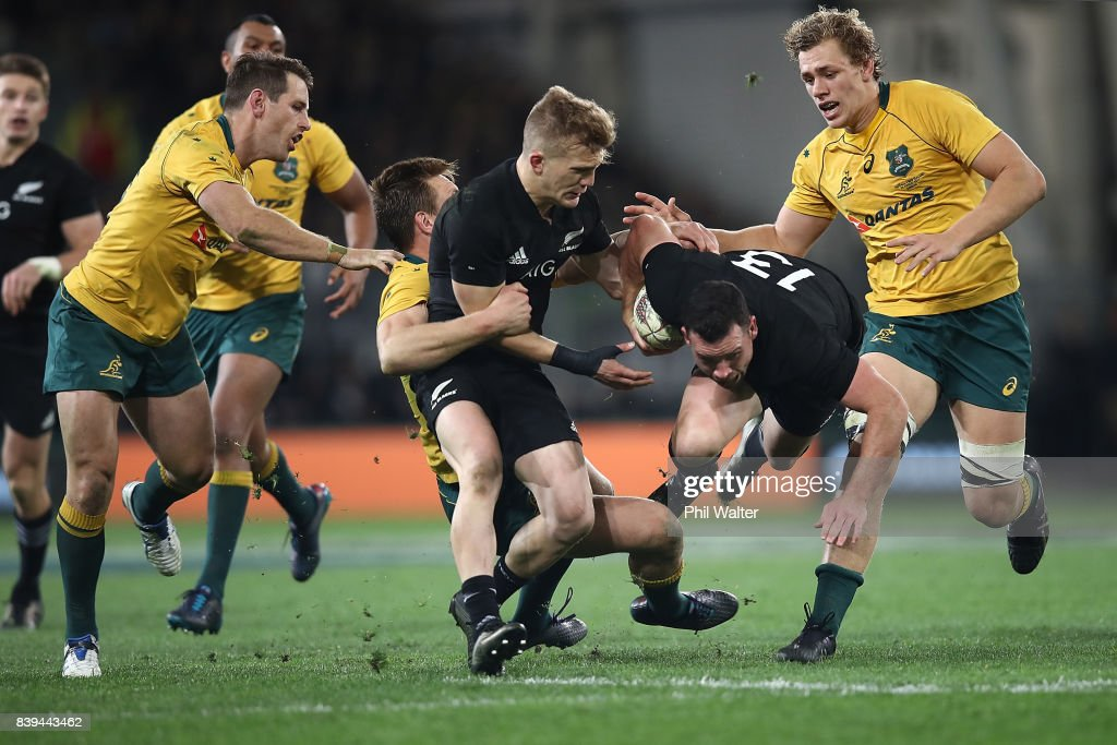 Ryan Crotty of the All Blacks makes a break during The Rugby Championship Bledisloe Cup match between the New Zealand All Blacks and the Australia Wallabies at Forsyth Barr Stadium on August 26, 2017 in Dunedin, New Zealand.