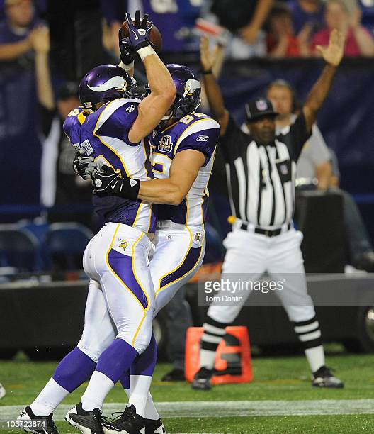 Ryan D'Imperio of the Minnesota Vikings scores a touchdown during an NFL preseason game against the Seattle Seahawks at the Mall of America Field at...
