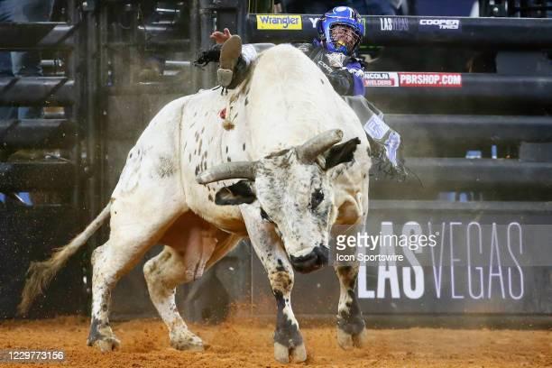 Ryan Dirteater rides bull Smooth Operator during the PBR World Finals, on November 15th at the AT&T Stadium, Arlington, TX.