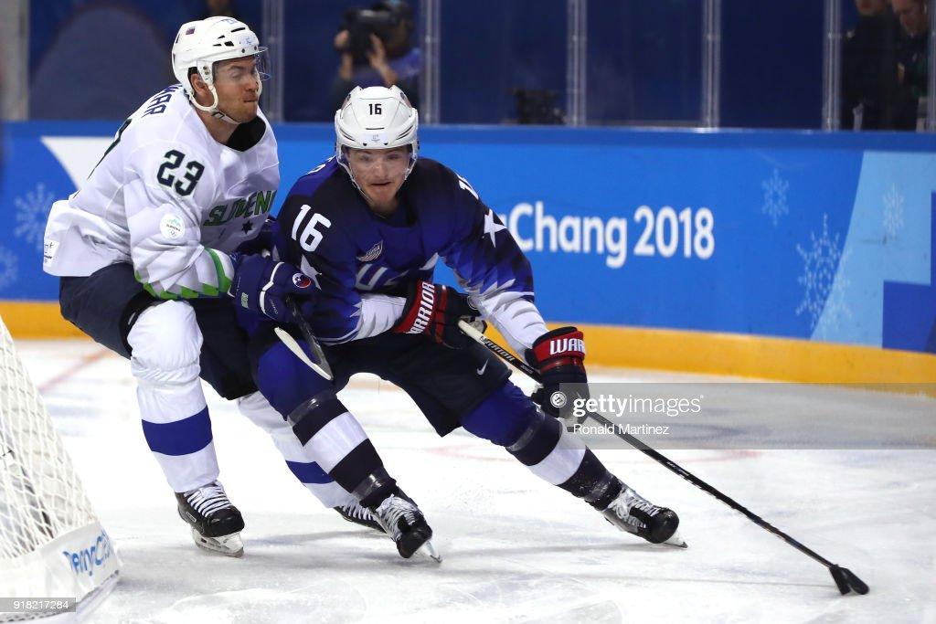 Ice Hockey - Winter Olympics Day 5 - United States v Slovenia : News Photo