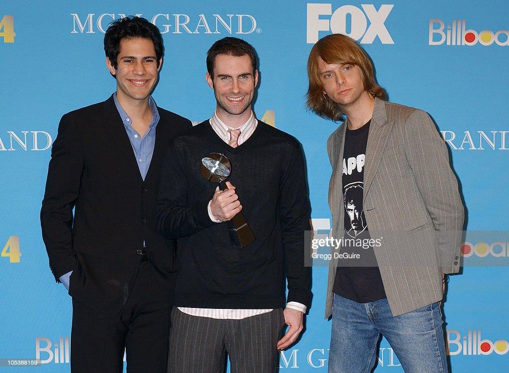 2004 Billboard Music Awards - Press Room