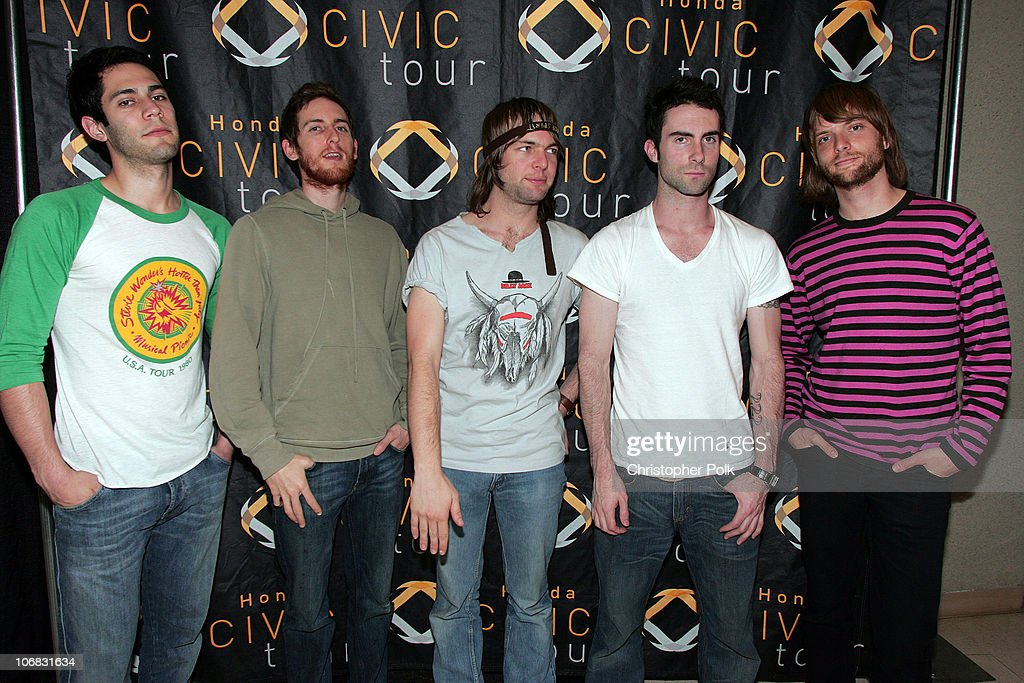 Honda Civic Tour Presents Maroon 5 at the Arrowhead Pond in Anaheim - May 8, 2005 : News Photo