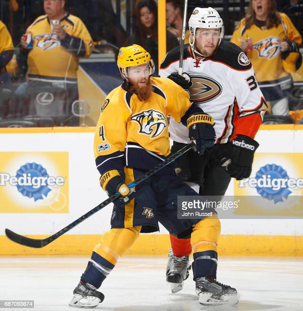 Ryan Ellis of the Nashville Predators battles against Nick Ritchie of the Anaheim Ducks in Game Four of the Western Conference Final during the 2017...