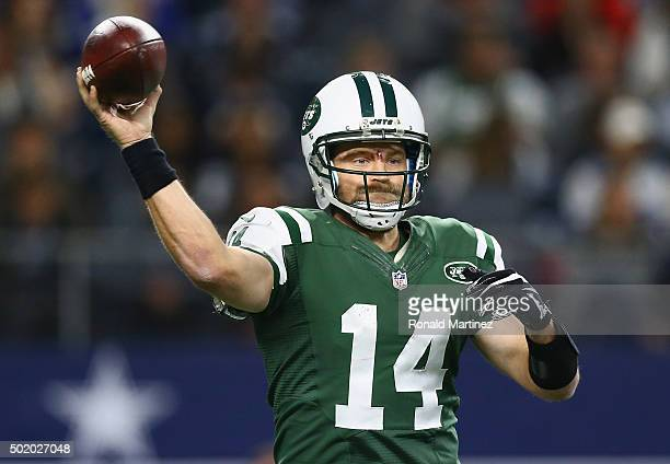 Ryan Fitzpatrick of the New York Jets throws the ball against the Dallas Cowboys in the fourth quarter at ATT Stadium on December 19 2015 in...