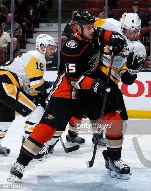 Ryan Getzlaf of the Anaheim Ducks battles for position against Brian Dumoulin of the Pittsburgh Penguins during the game on January 17 2018 at Honda...