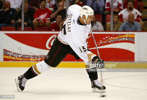 Ryan Getzlaf of the Anaheim Ducks shoots the puck against the Detroit Red Wings during game one of the 2007 Western Conference finals on May 11, 2007...