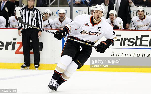 Ryan Getzlaf of the Anaheim Ducks skates against the Pittsburgh Penguins during the game at Consol Energy Center on November 18, 2013 in Pittsburgh,...