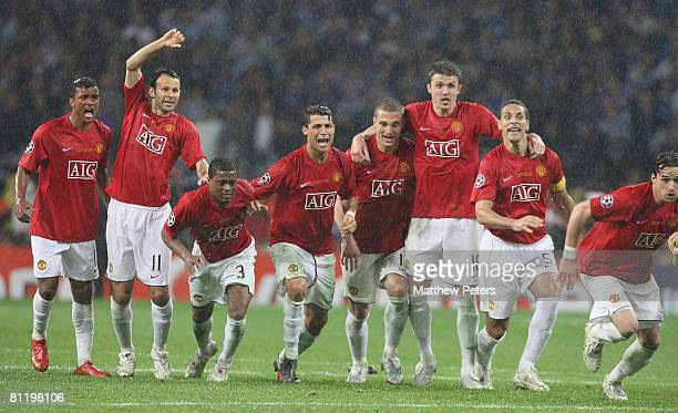 Ryan Giggs, Cristiano Ronaldo, Michael Carrick and Owen Hargreaves of Manchester United celebrate after the penalty shoot-out, winning the UEFA...