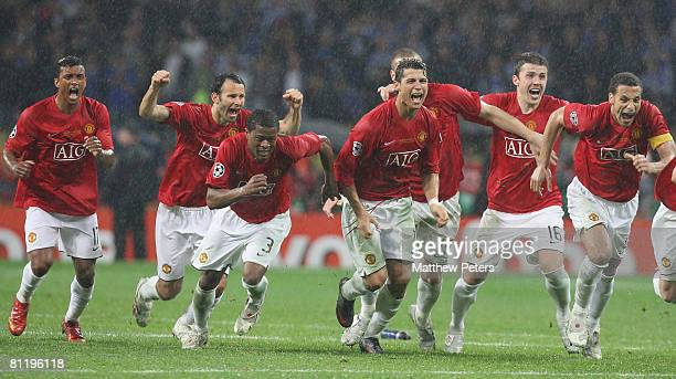 Ryan Giggs Cristiano Ronaldo Michael Carrick and Owen Hargreaves of Manchester United celebrate after the penalty shootout winning the UEFA Champions...