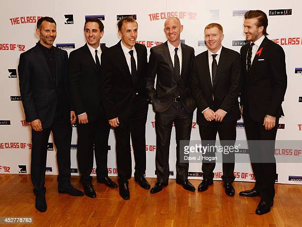 Ryan Giggs Gary Neville Phil Neville Nicky Butt Paul Scholes and David Beckham attend the World premiere of The Class of 92 at Odeon West End on...