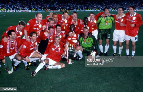 Ryan Giggs Jesper Blomqvist Ronny Johnsen Jaap Stam David May Nicky Butt Wes Brown Denis Irwin Jonathan Greening Teddy Sheringham Andy Cole Dwight...