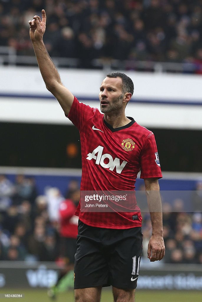 Ryan Giggs of Manchester United celebrates scoring their second goal during the Barclays Premier League match between Queens Park Rangers and Manchester United at Loftus Road on February 23, 2013 in London, England.