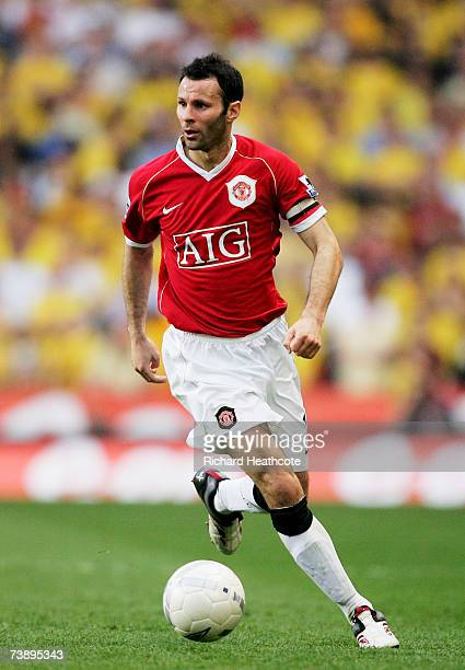 Ryan Giggs of Manchester United during the FA Cup Semi Final sponsored by EON between Watford and Manchester United at Villa Park on April 14 2007 in...