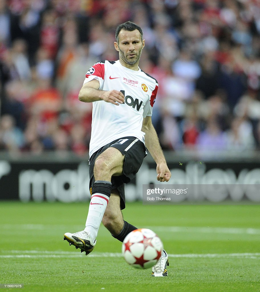 Ryan Giggs of Manchester United during the UEFA Champions League final between FC Barcelona and Manchester United FC at Wembley Stadium on May 28, 2011 in London, England. Barcelona won the match 3-1.