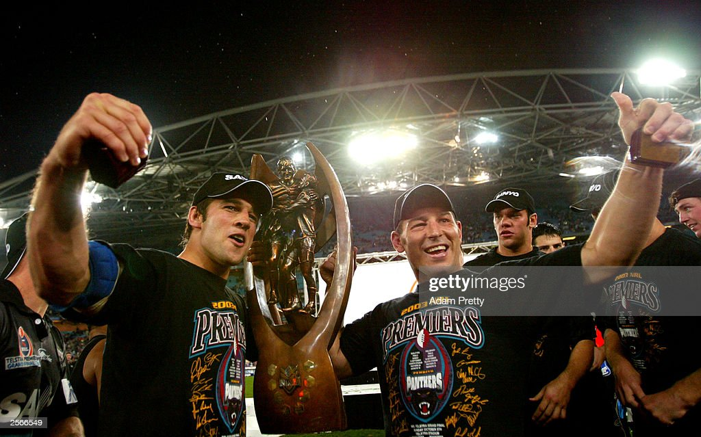 Ryan Girdler and Craig Gower of the Panthers celebrates victory : ニュース写真