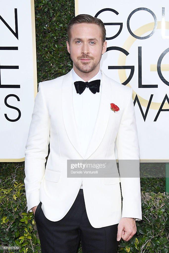 74th Annual Golden Globe Awards - Arrivals : News Photo