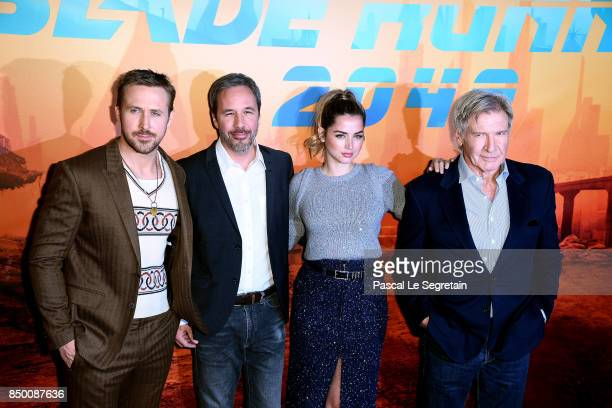 """Ryan Gosling, Devis Villeneuve, Ana De Armas and Harrison Ford attend the """"Blade runner 2049"""" photocall at Hotel Le Bristol on September 20, 2017 in..."""
