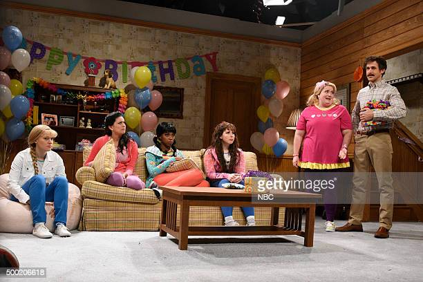LIVE 'Ryan Gosling' Episode 1690 Pictured Kate McKinnon Cecily Strong Sasheer Zamata Vanessa Bayer Aidy Bryant as Melanie and Ryan Gosling during the...