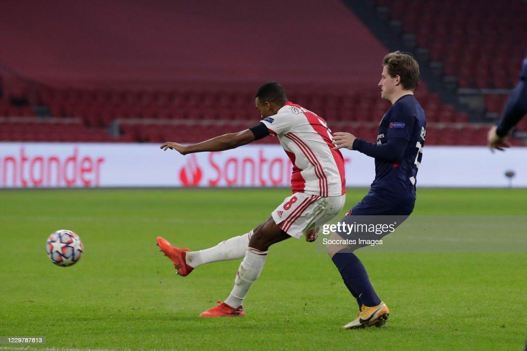 Ajax v FC Midtjylland - UEFA Champions League : ニュース写真