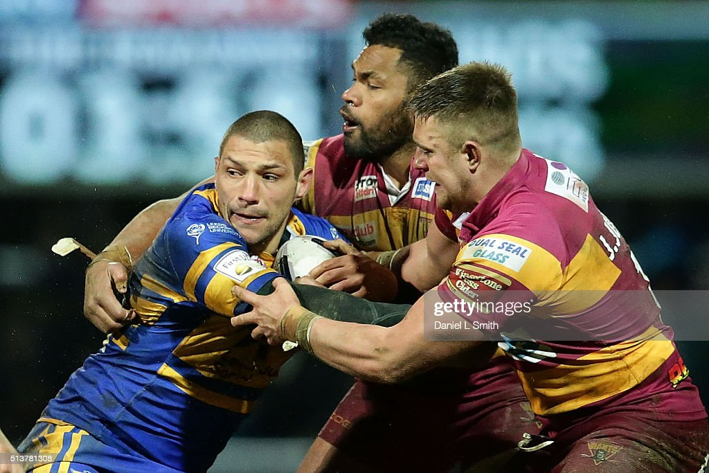 Leeds Rhinos v Huddersfield Giants - First Utility Super League