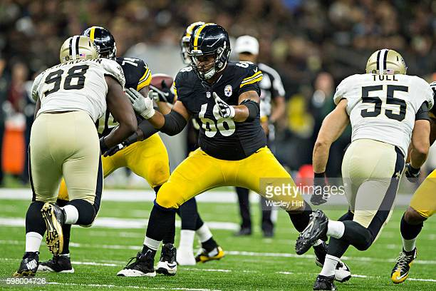 Ryan Harris of the Pittsburgh Steelers blocks on a pass play during a preseason game against the New Orleans Saints at MercedesBenz Superdome on...