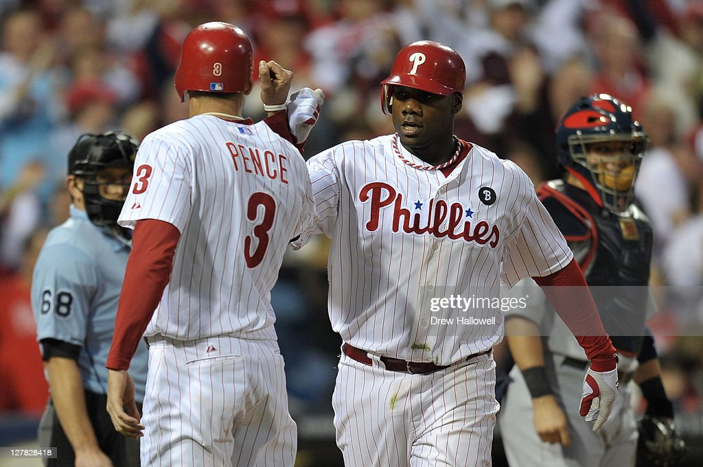 St Louis Cardinals v Philadelphia Phillies - Game 1 : News Photo