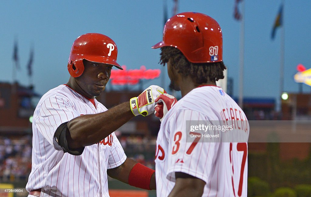 Ryan Howard #6 of the Philadelphia Phillies is congratulated by Odubel Herrera #37 after a home run in the fourth inning against the New York Mets at Citizens Bank Park on May 8, 2015 in Philadelphia, Pennsylvania.