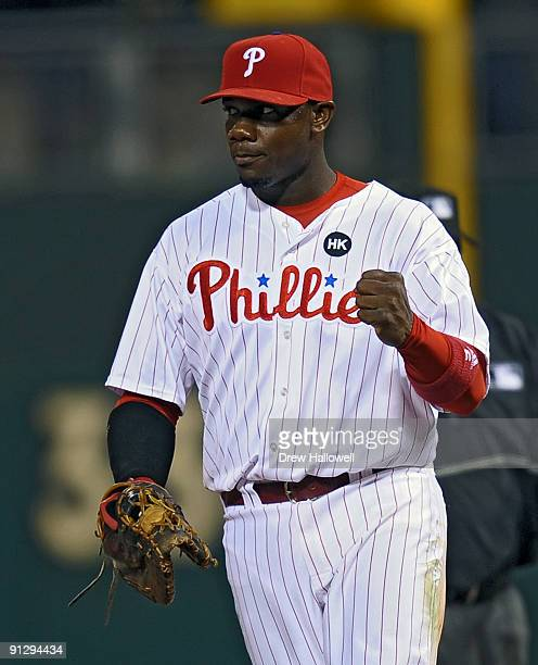 Ryan Howard of the Philadelphia Phillies pumps his fist after getting the last out of the game beating the Houston Astros 103 and winning the...
