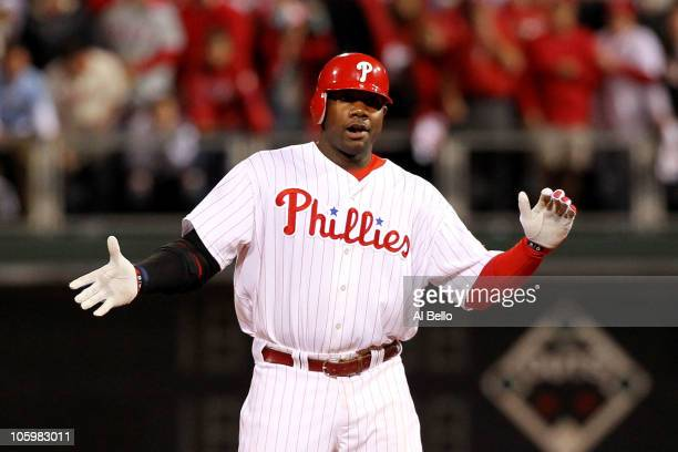 Ryan Howard of the Philadelphia Phillies reacts after a double in fifth inning against the San Francisco Giants in Game Six of the NLCS during the...
