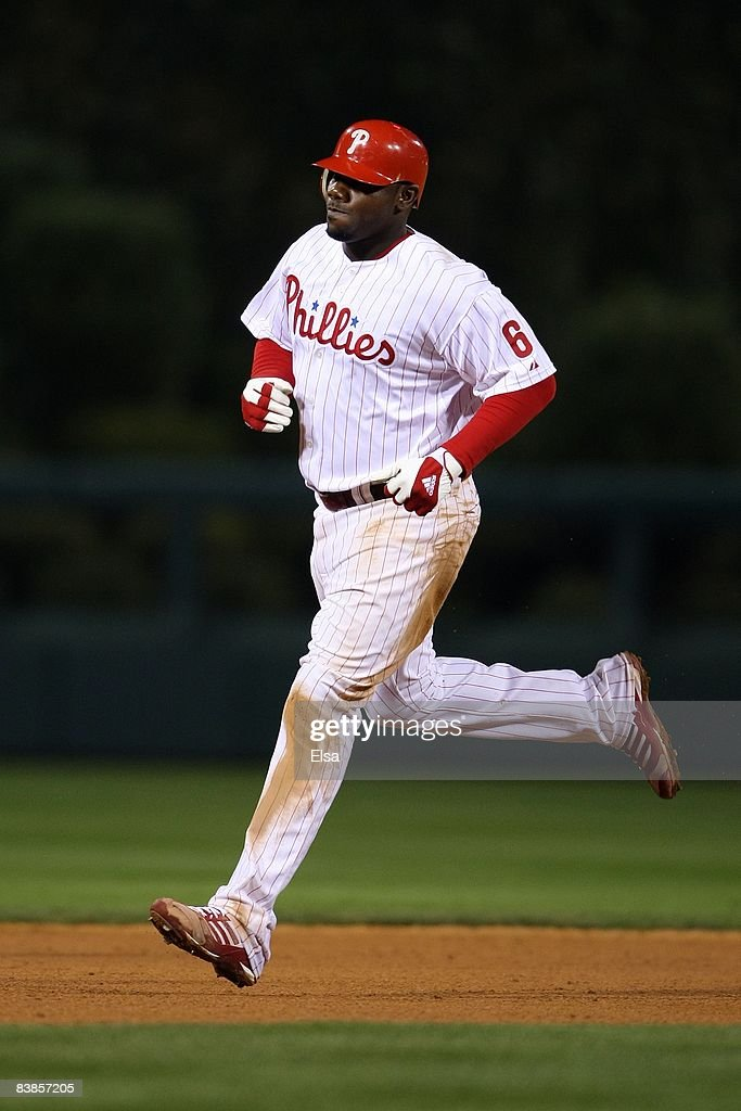 Ryan Howard #6 of the Philadelphia Phillies runs the bases on his 2-run home run in the bottom of the eighth inning against the Tampa Bay Rays during game four of the 2008 MLB World Series on October 26, 2008 at Citizens Bank Park in Philadelphia, Pennsylvania.