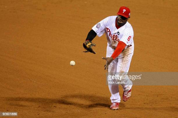 Ryan Howard of the Philadelphia Phillies throws to first base against the New York Yankees during Game Four of the 2009 MLB World Series at Citizens...