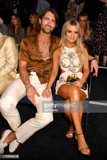 Ryan Hurd and Maren Morris attebd the 2019 CMT Music Awards at Bridgestone Arena on June 05 2019 in Nashville Tennessee
