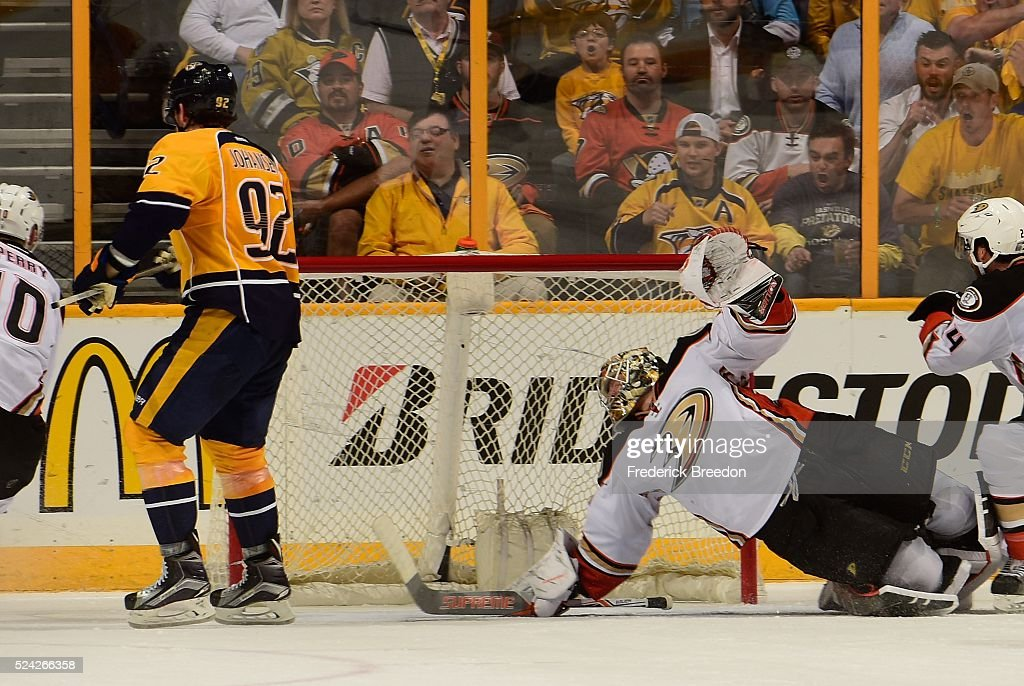 Anaheim Ducks v Nashville Predators - Game Six : News Photo
