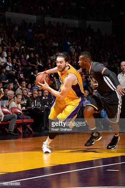 Ryan Kelly of the Los Angeles Lakers drives to the basket against the Golden State Warriors during a preseason game on October 17, 2015 at Valley...