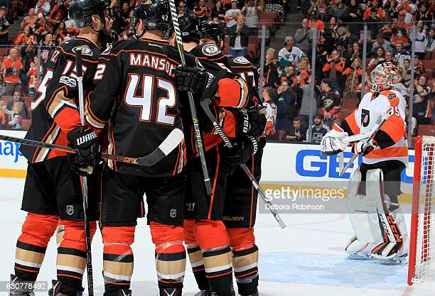 Ryan Kesler of the Anaheim Ducks celebrates with his teammates his second goal of the first period against the Philadelphia Flyers on January 1 2017...