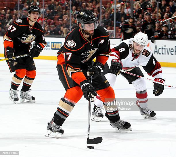 Ryan Kesler of the Anaheim Ducks handles the puck against Tobias Rieder of the Arizona Coyotes on February 5 2016 at Honda Center in Anaheim...