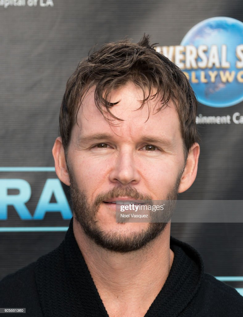 Ryan Kwanten visits 'Extra' at Universal Studios Hollywood on February 28, 2018 in Universal City, California.