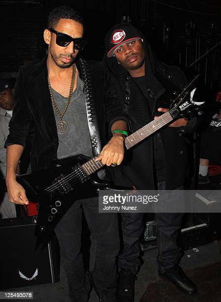 Ryan Leslie and Ron Browz perform during The Dipset Reunion at Hammerstein Ballroom on November 26 2010 in New York City