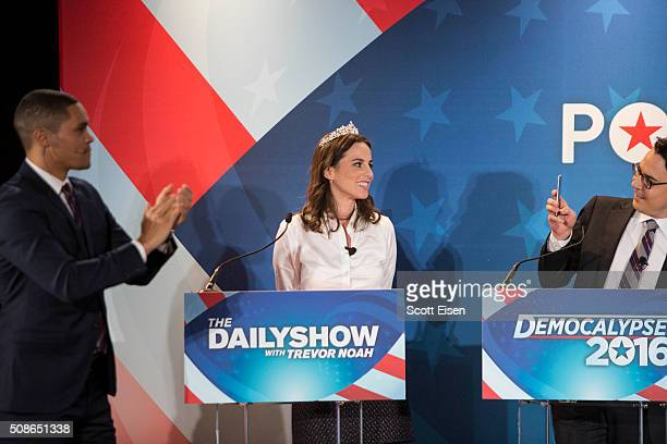 Ryan Lizza Washington Correspondent for The New Yorker takes a picture of Alicia Menendez as Trevor Noah applauds during Comedy Central's The Daily...