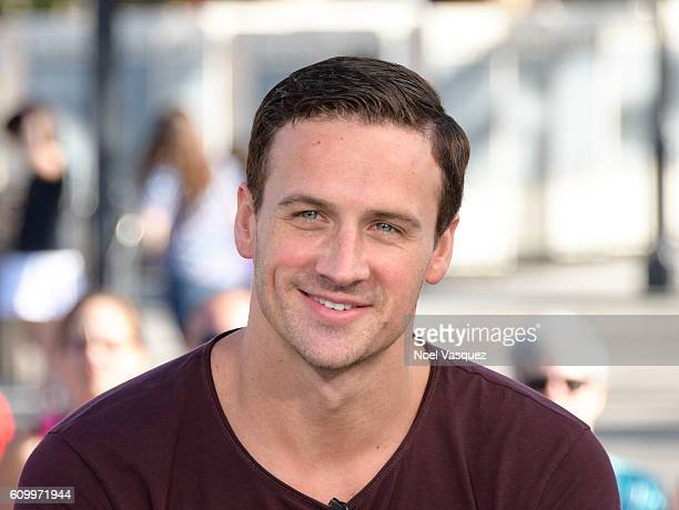 Ryan Lochte visits Extra at Universal Studios Hollywood on September 23 2016 in Universal City California