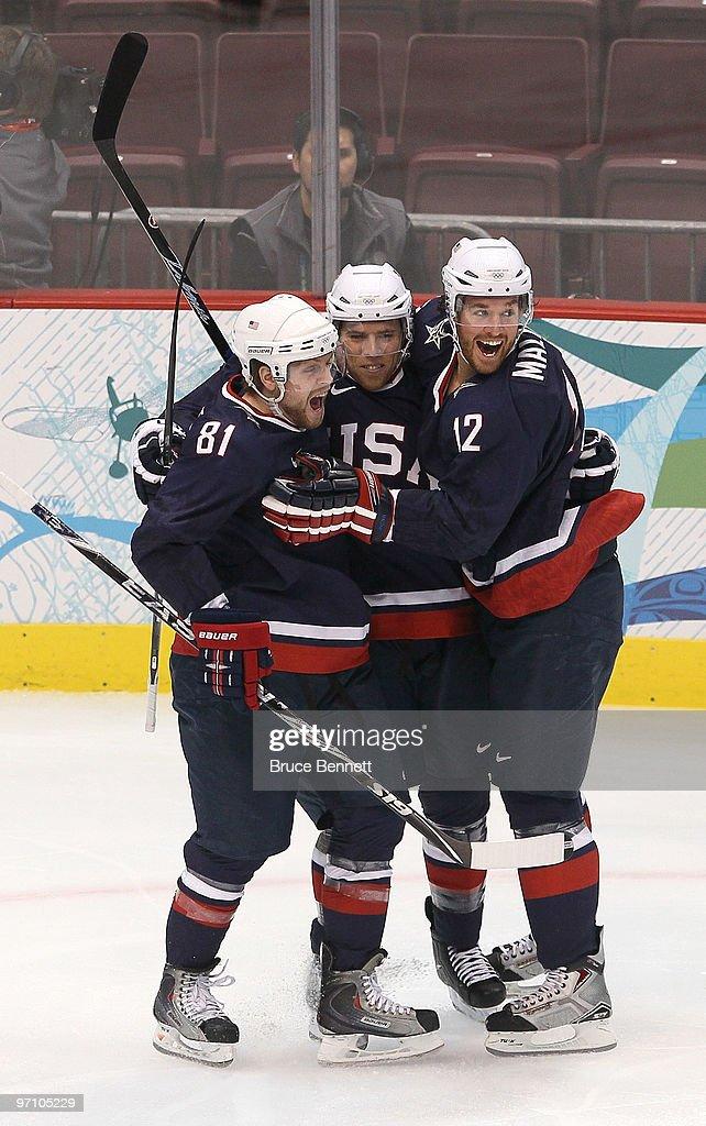 Ice Hockey - Day 15