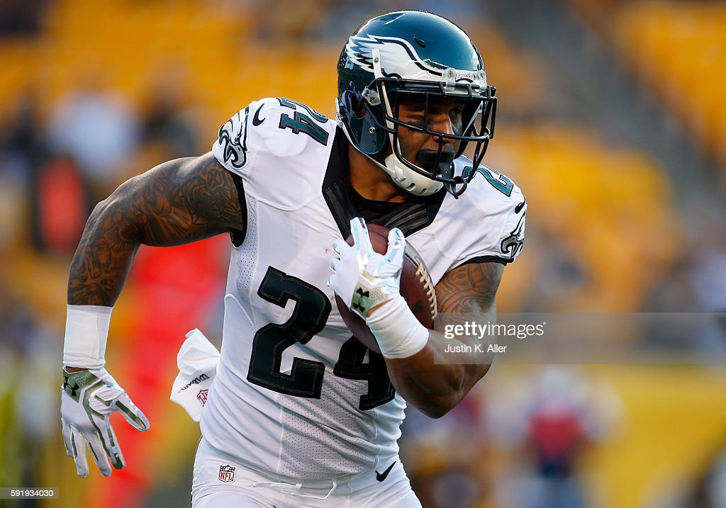 Philadelphia Eagles v Pittsburgh Steelers : News Photo