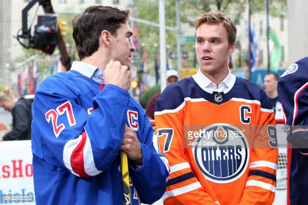 27 Street Hockey On The Today Show Pictures Photos Images Getty