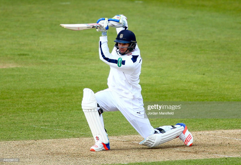Hampshire v Warwickshire - Specsavers County Championship: Division One